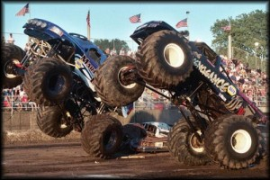 monster-trucks-crashes-videos
