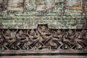 aspara-dancer-angkor-wat-temple-cambodia-600x400