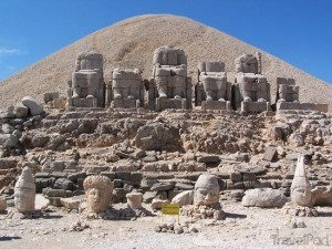 mt-nemrut-7000-ft--sanliurfa